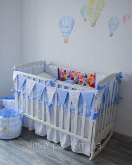 Защита для детской кроватки «Воздушные шарики»