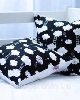 """Интерьерная подушка для детской """"Облачки"""""""